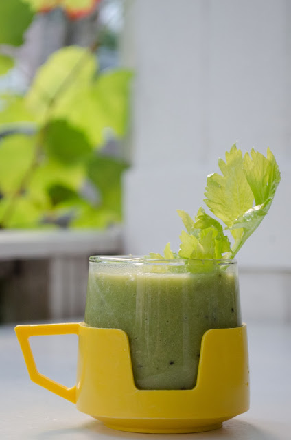 aesthetic fauna // green apple smoothie