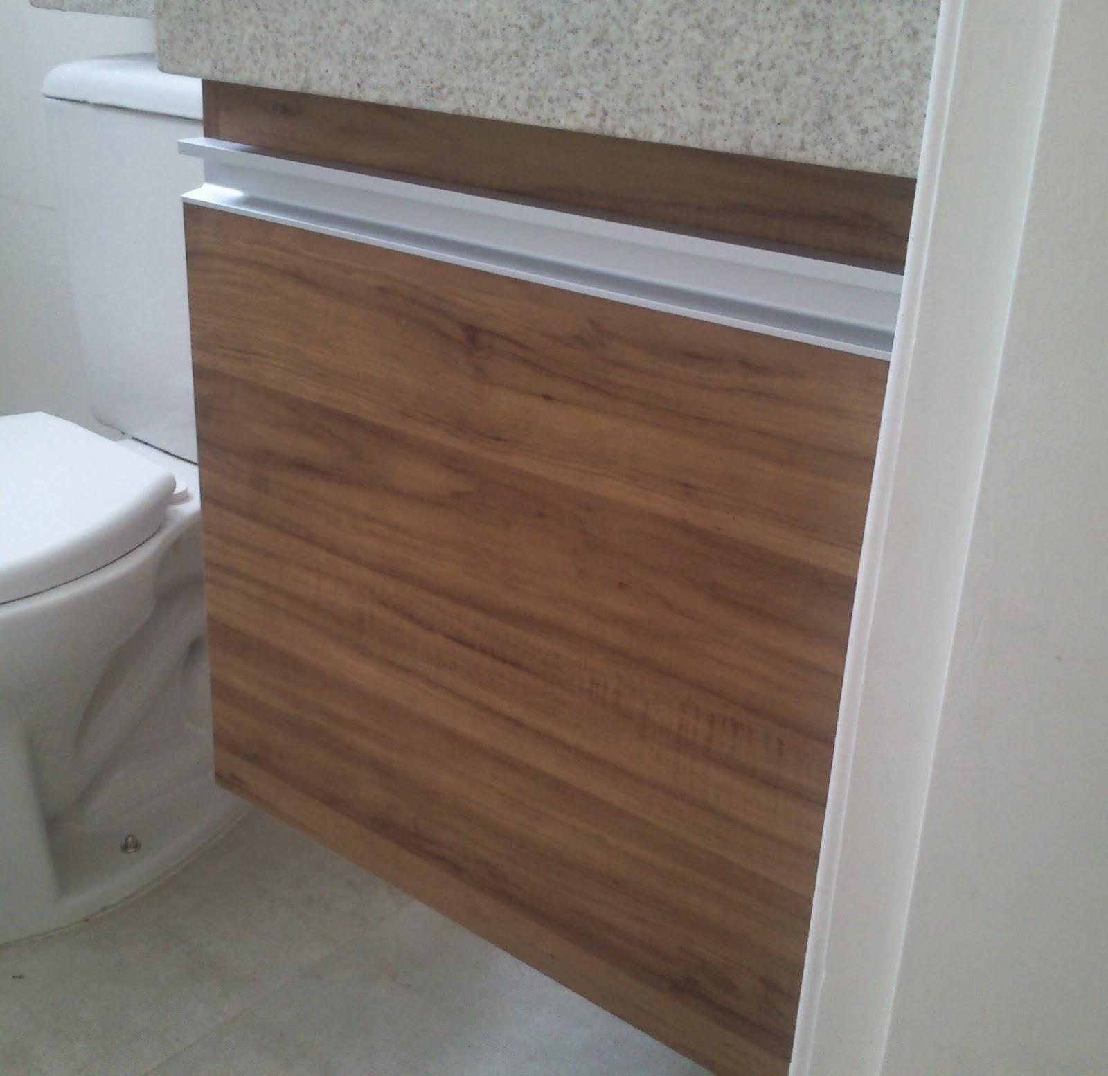 Armário para Banheiro (Padrão Amêndola Rústica) Porta em 18mm  #674B38 1600x1554 Armario Banheiro De Aluminio