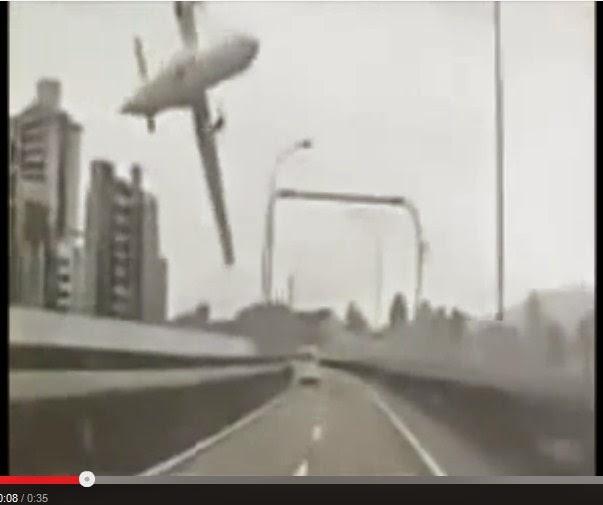 Pesawat TransAsia jatuh