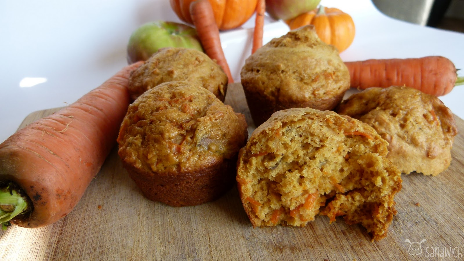 Oscar's Sandwich: Pumpkin, Apple, & Carrot Muffins