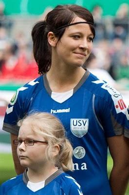 Sylvia%2BArnold 7 Pemain Sepakbola Wanita Tercantik Dan Tersexy