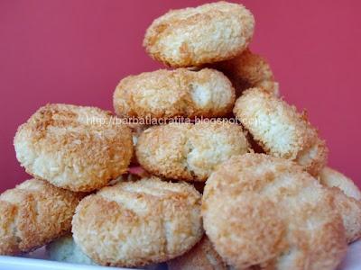 Fursecuri din nuca de cocos reteta