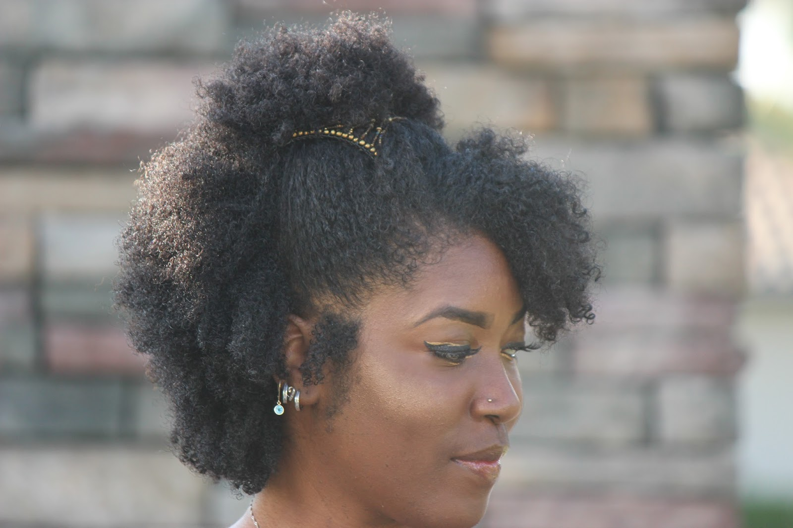 Cute Hairstyle For Natural Hair Using The Magic Comb