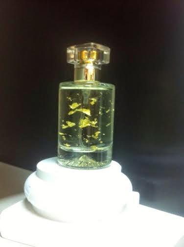 Perfumes con láminas de oro en Abadía del Perfume