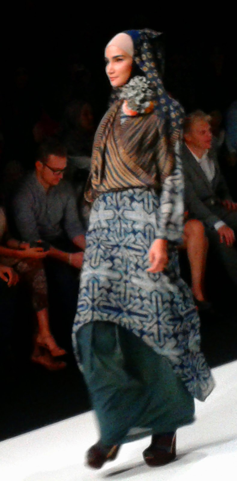 Throwback to jakarta fashion week 2014 nur zahra jenahara dian nur zahras collections stopboris Gallery