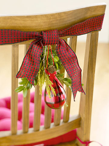 Anyone can decorate christmas dining chair decorating ideas most of these are easy do it yourself projects dont be afraid to try them the above pictures shows simple bells and a star ornament strung on a thin solutioingenieria Gallery