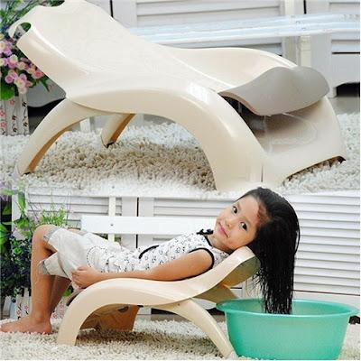 Lựa chọn ghế nằm gội đầu tiện ích cho bé tại nhà