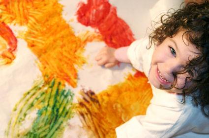 Aprenda a fazer diversas tintas caseiras para suas aulas de arte