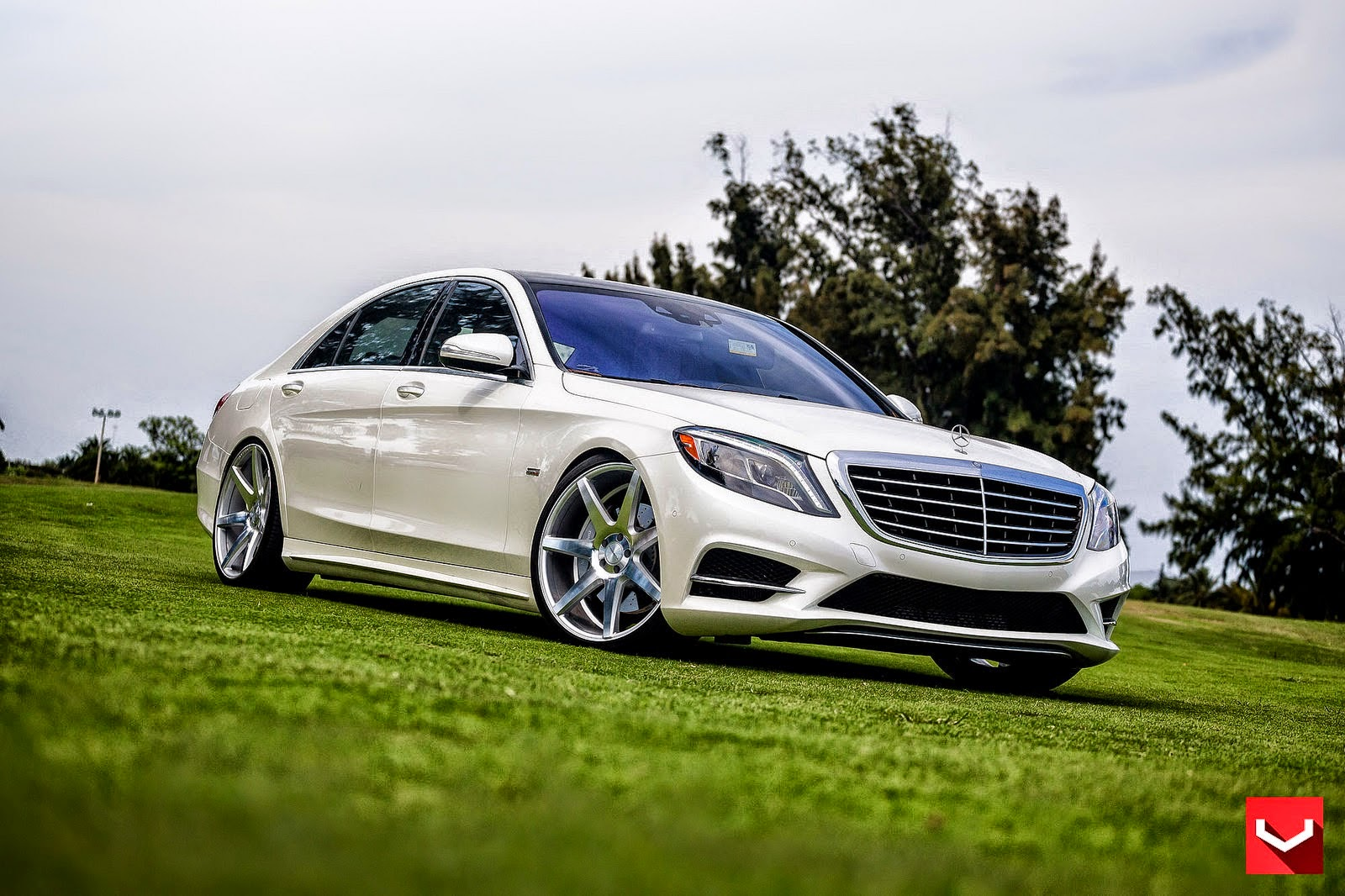 mercedes benz w222 s550 on vossen cv7 wheels benztuning