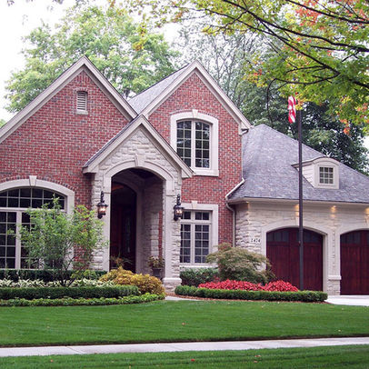 C b i d home decor and design curb appeal for Houses with stone accents