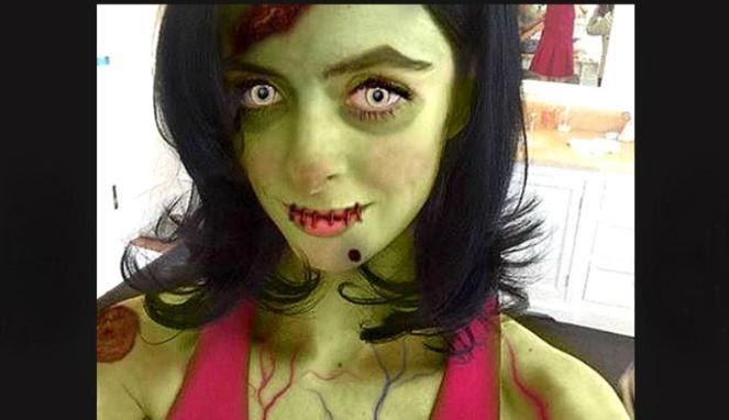 kostum mengerikan di pesta halloween