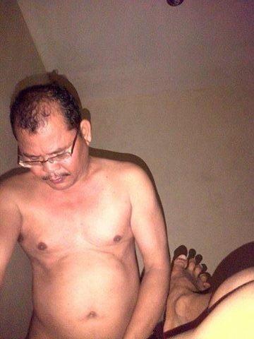 hot video gay indonesia bapak berkumis ganteng ngentot om