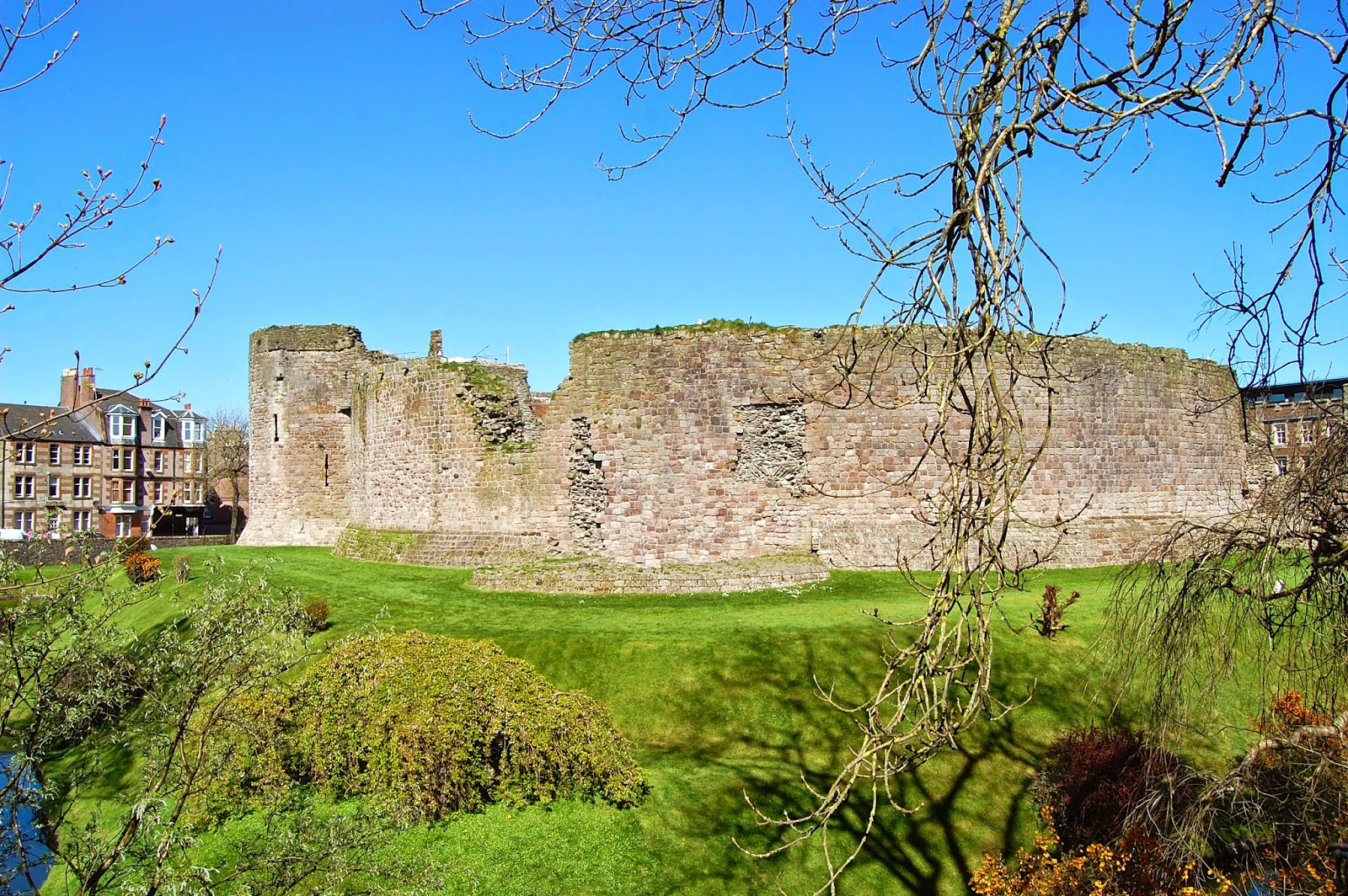 West and south walls of Rothesay Castle