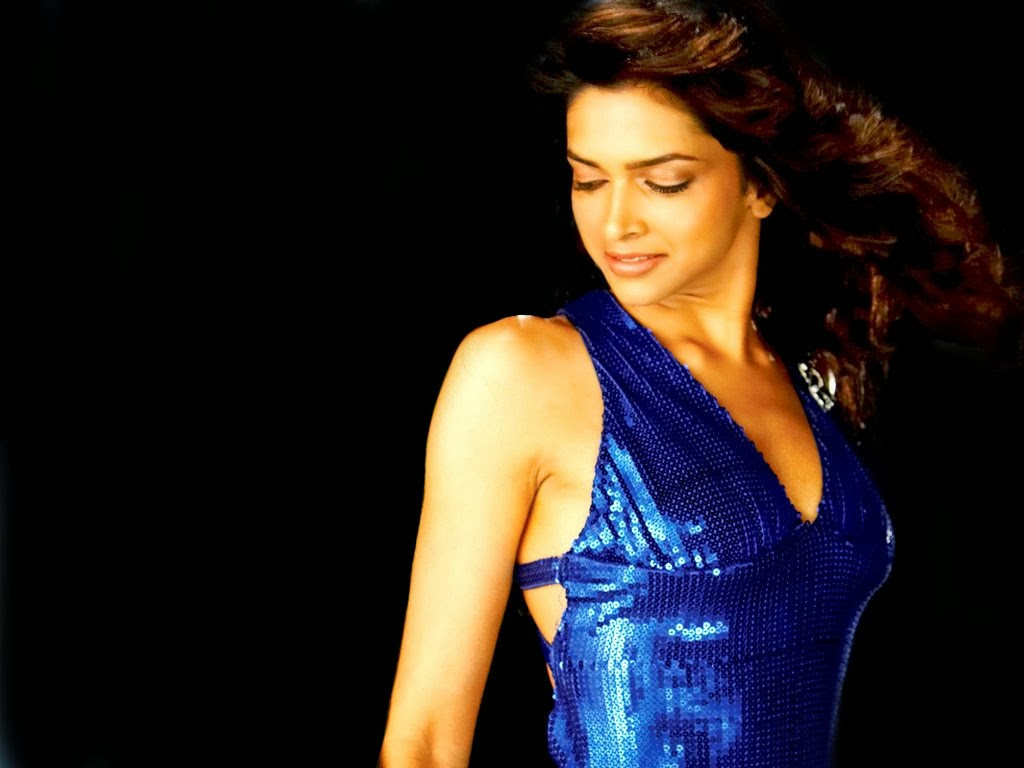 Deepika Padukone Hot Pictures