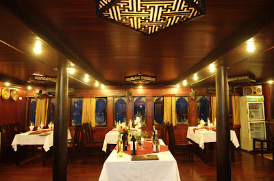 Restaurant - Phoenix Cruise