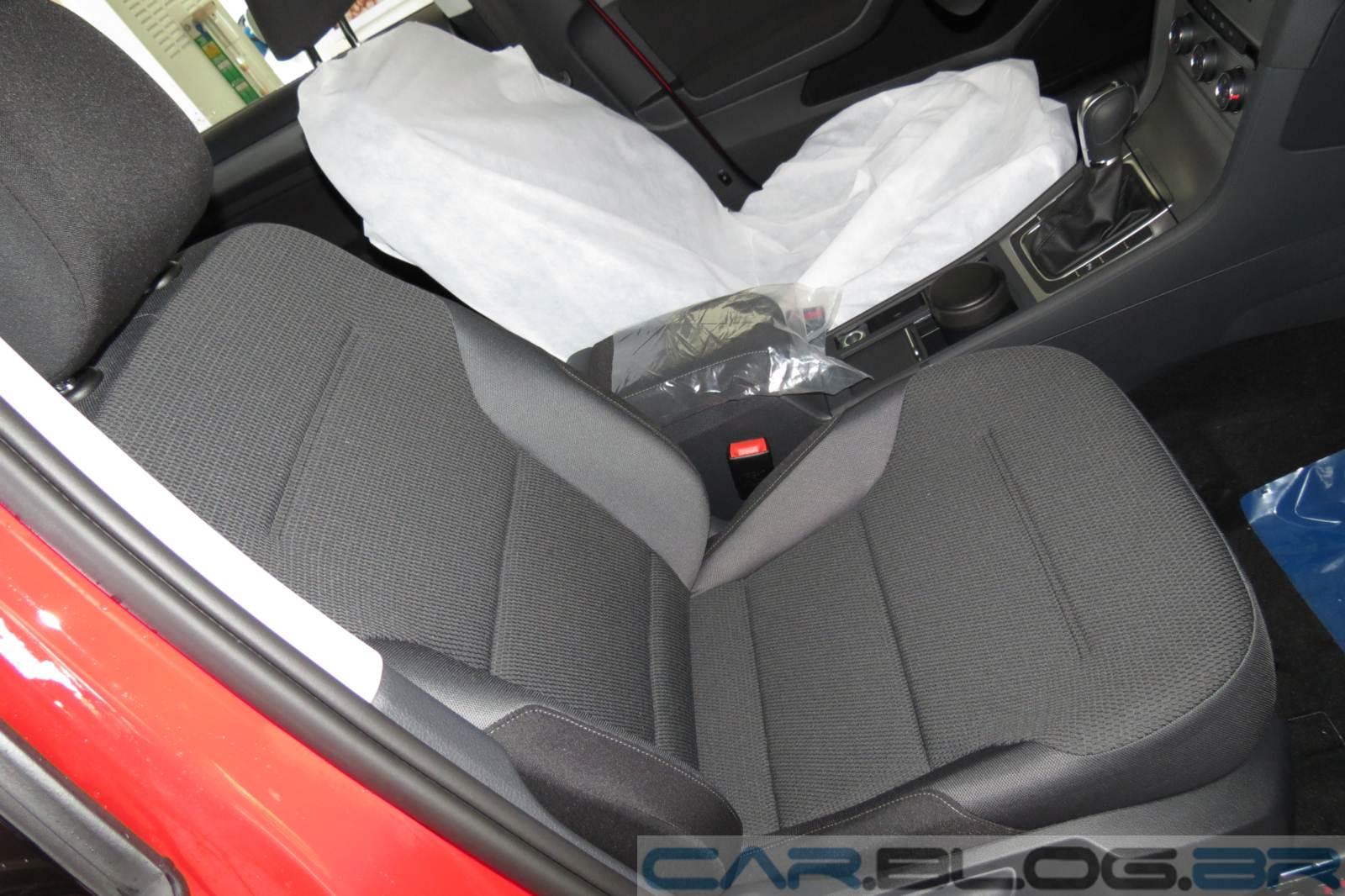Novo VW Golf Comfortline 2015 - interior
