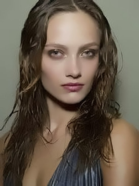 women-hairstyle-Wet-look