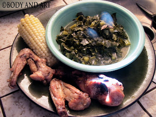 ROBBY ROBINSON'S DIET - HEALTHY MEALS GRILLED CHICKEN WINGS AND LEGS MEAT WITH STEAMED COLLARD GREENS AND SWEET CORN Robby's CONSULTATION Services to answer your questions  about bodybuilding, old school training and healthy lifestyle -  ▶ www.robbyrobinson.net/consultation.php