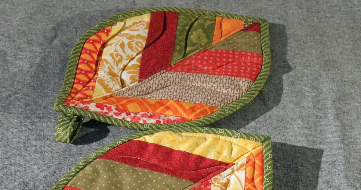 Quilted Leaf Potholders {Tutorial}