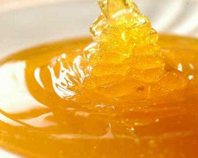Mật ong giá trị dinh dưỡng phong phú, chứa nhiều đường gluco và đường đường fructose