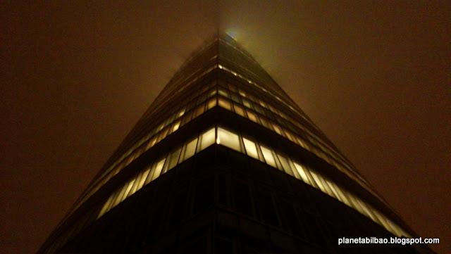 Blade Runner, niebla, paisaje urbano,Planeta Bilbao