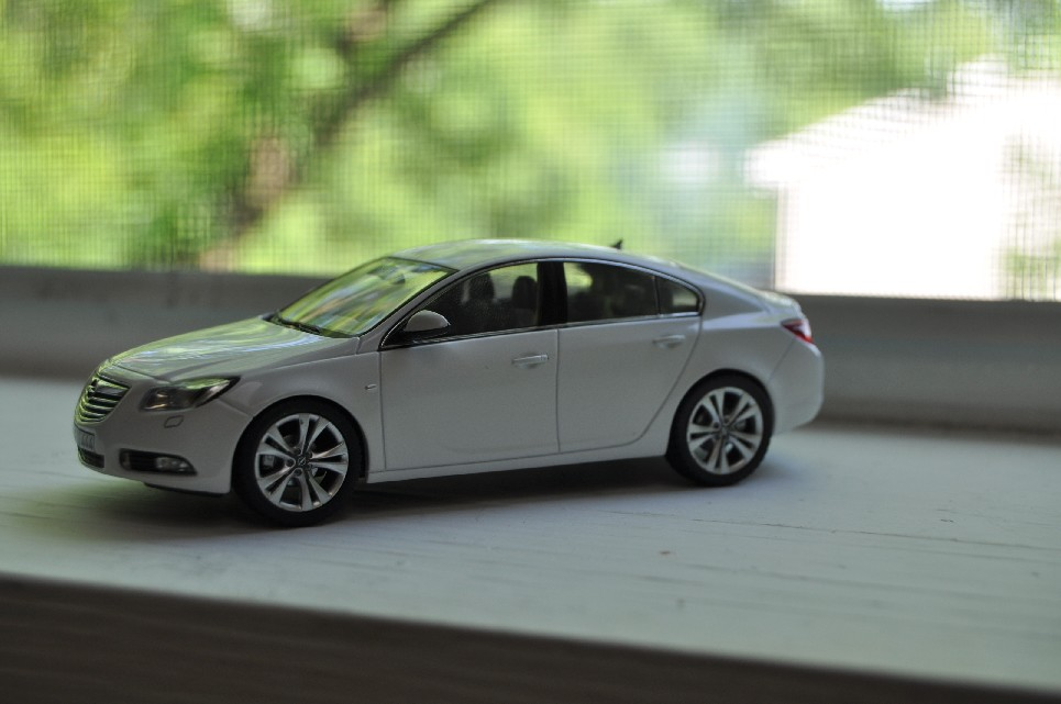 Ray S Car Model Collection Blog 1 43 Opel Insignia Hatchback Sedan By Schuco