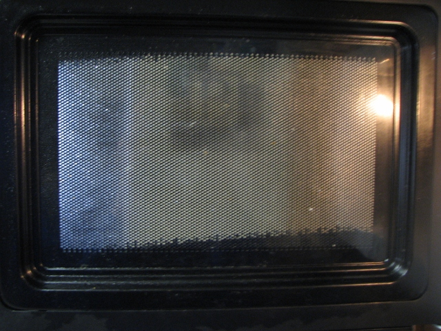 how to clean new microwave
