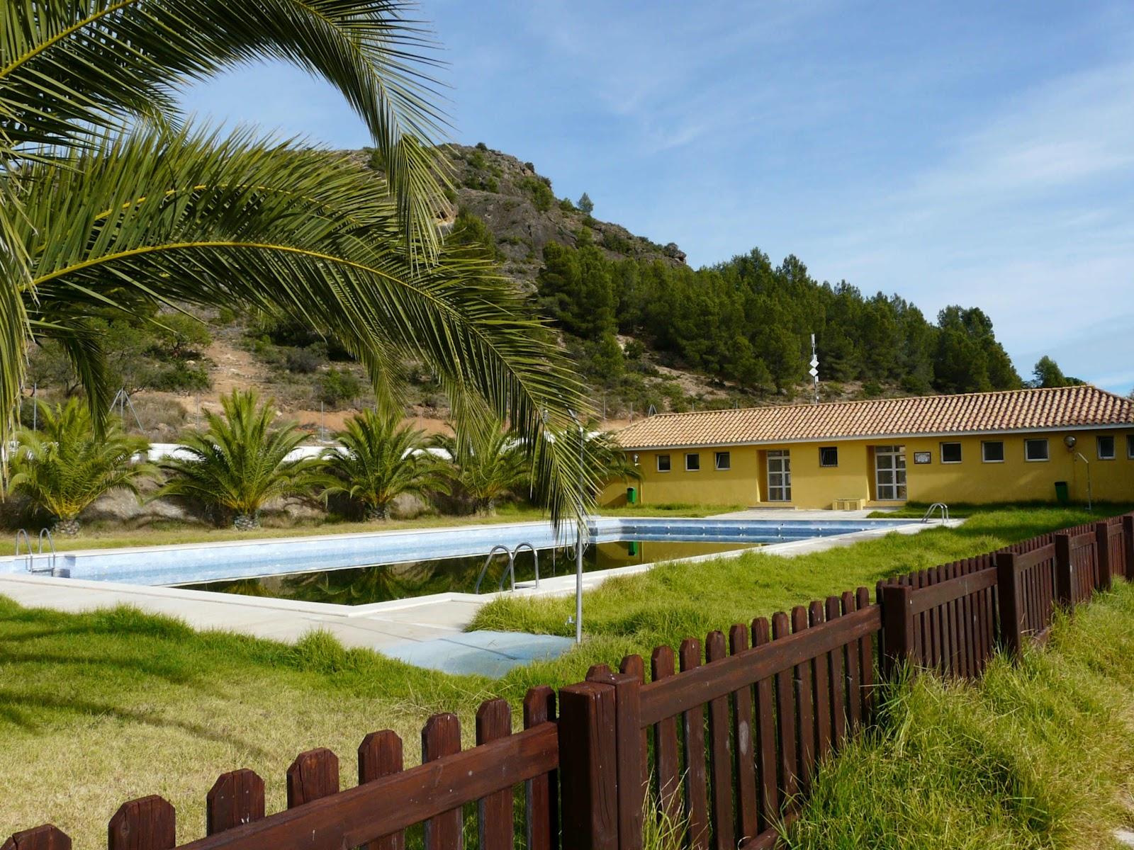 Tribuna popular de segorbe las piscinas y la for Piscina segorbe