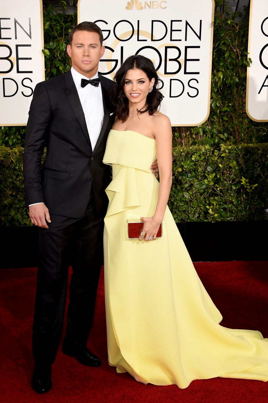 Jenna Dewan-Tatum stuns in a lemon Carolina Herrera dress at the 2015 Golden Globes