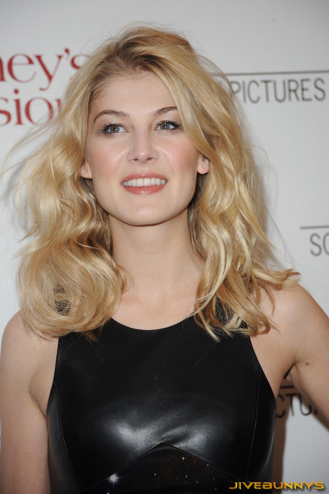 Female celebrity birthday