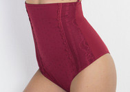 hot pants Highwaist Panty Lace Sensation Triumph