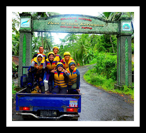 Perjalanan di Pick-Up Body Rafting