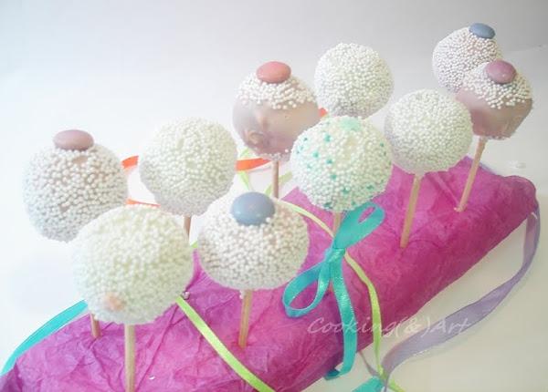 Blogo-γενέθλια & Giveaway !