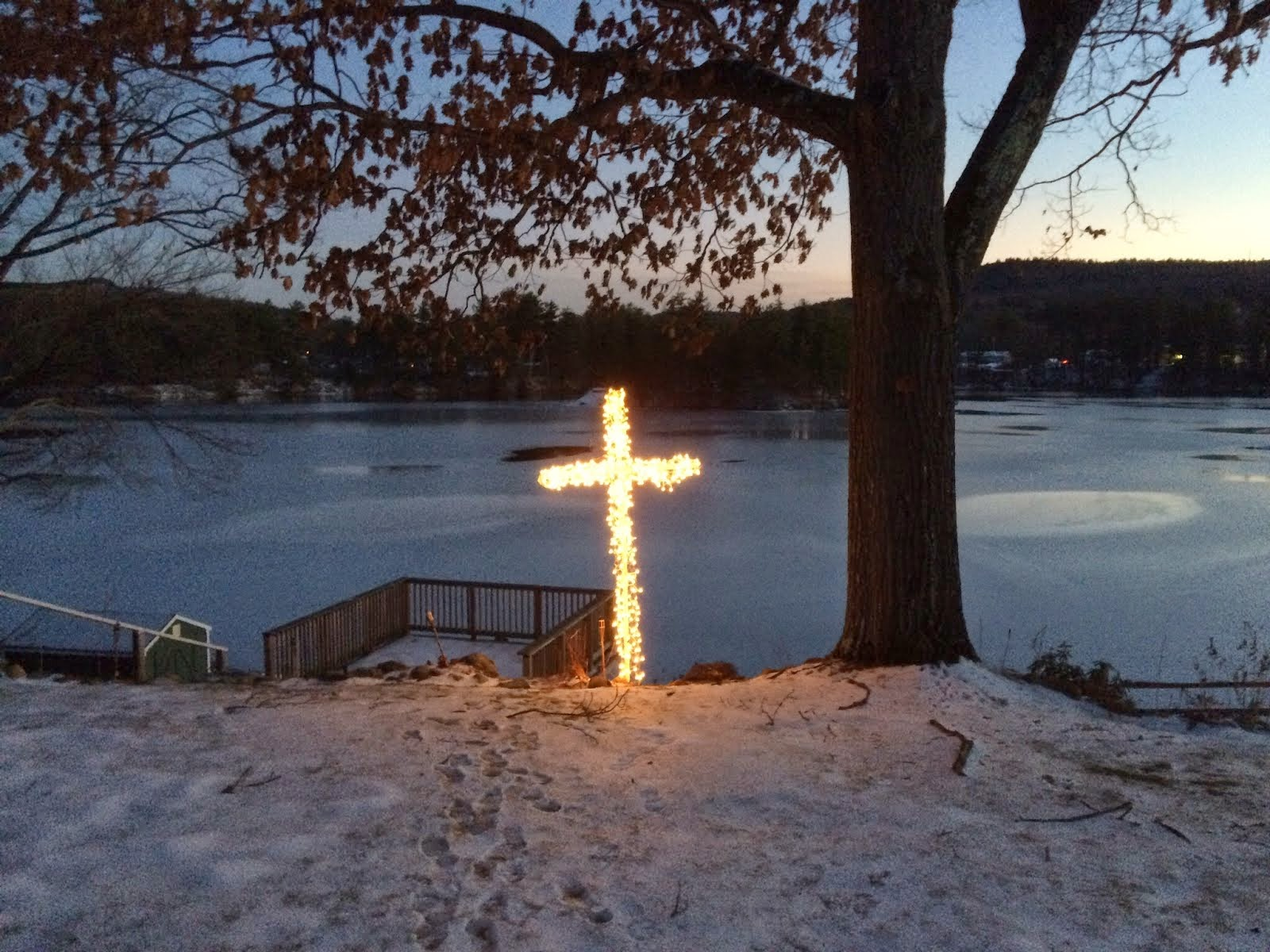 10 Foot Lighted Cross