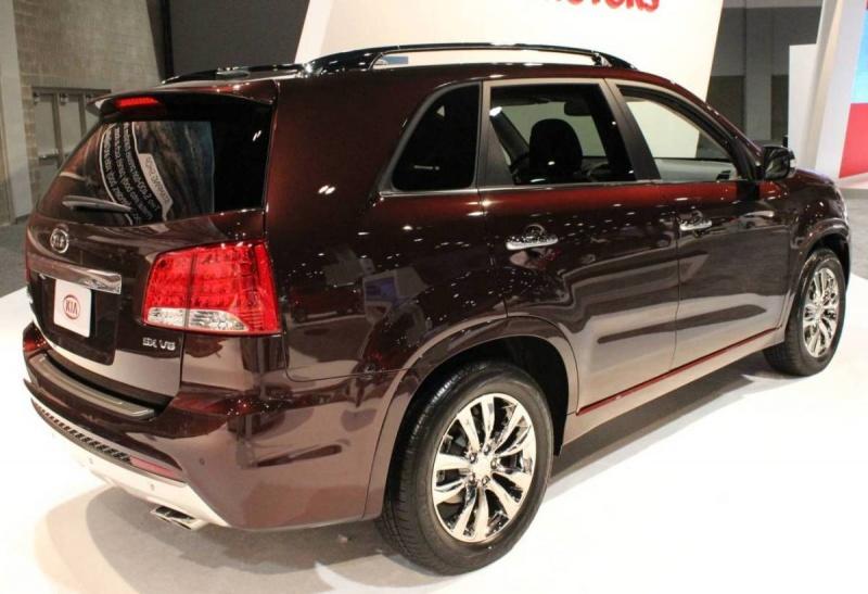 latest cars models kia sorento 2013. Black Bedroom Furniture Sets. Home Design Ideas