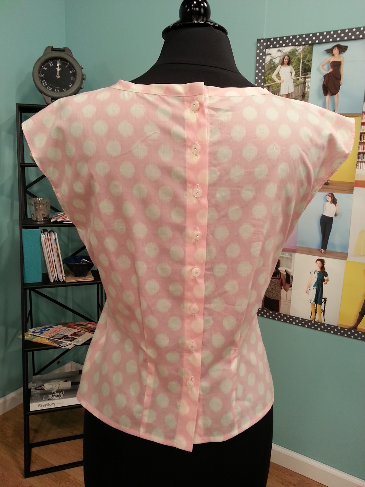 How to sew a blouse without a pattern: tips for beginners