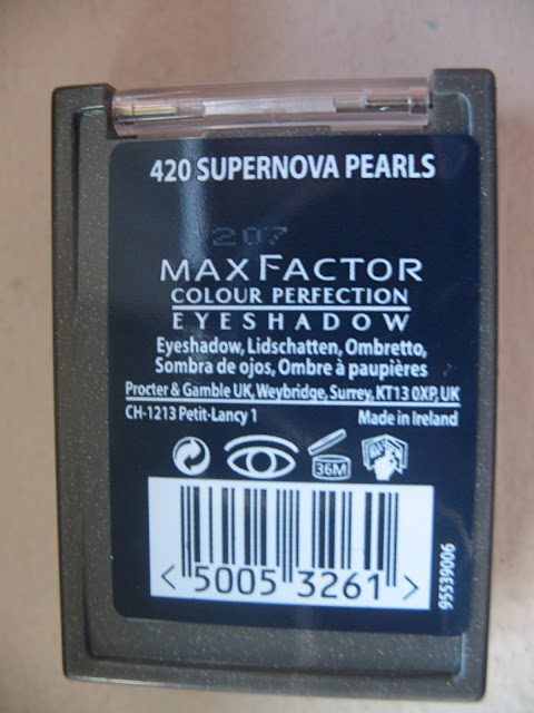 Max-Factor-Supernova-Pearls-eyeshadow-review-photos-03