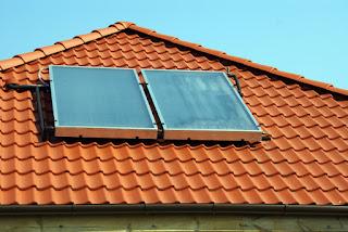 paneles solares termicos sobre el techo