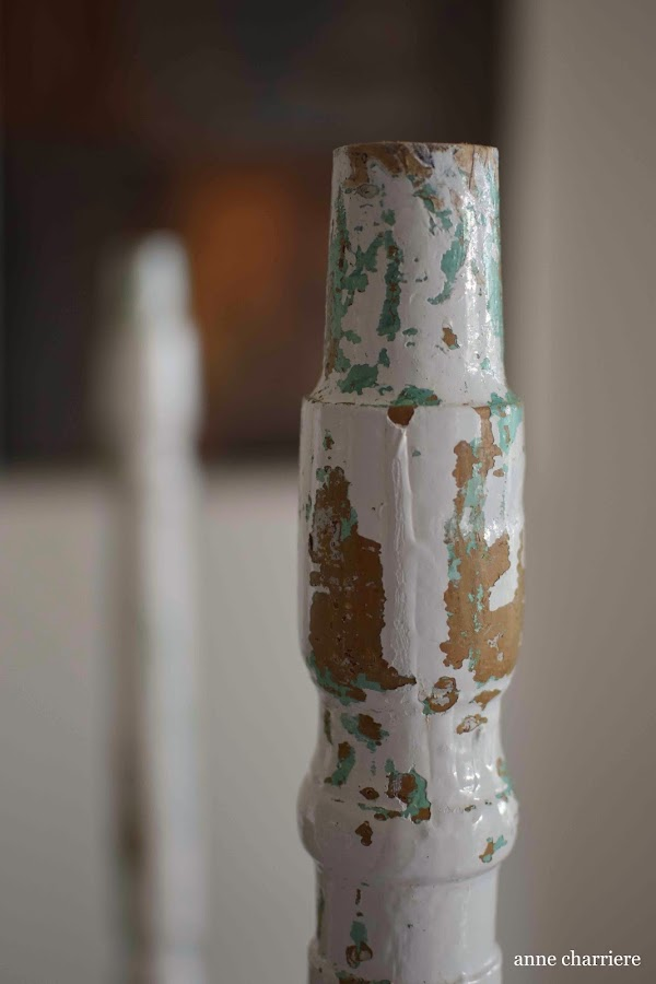 www.annecharriere.com, mesa tocinera, pintura de leche, nogalina, homestead house milk paint,