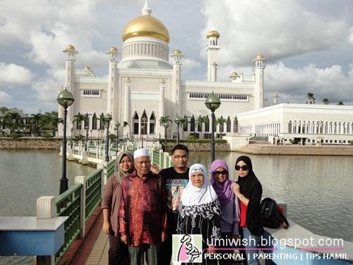 Melancong bersama keluarga, percutian keluarga bajet, perancangan untuk melancong, perancangan bercuti, passport melancong, negara yang sesuai untuk melancong, gambar percutian ke kawah ratu Indonesia, masjid Sultan Omar Ali Saifuddien Brunei dan agrowisata kebun strawberry bandung