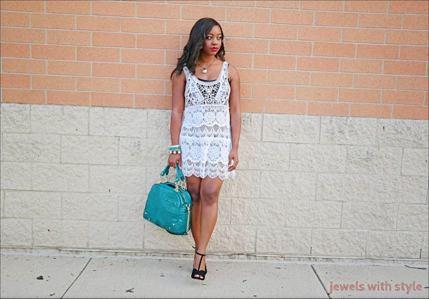 jewels with style, crochet dress, white summer dress, monica warren, blog lessons, black fashion blogger, fashion blogger tips, alice and olivia purse