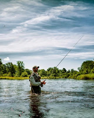 The maine outdoorsman stay warm and comfortable for Maine fly fishing
