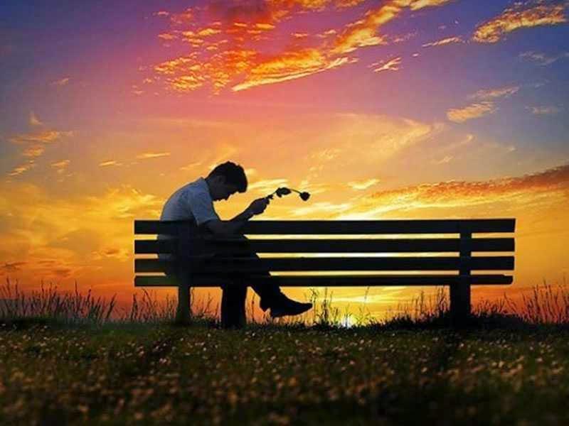 Gambar Orang Sedih dan kecewa