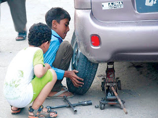 child labour examples pakistan