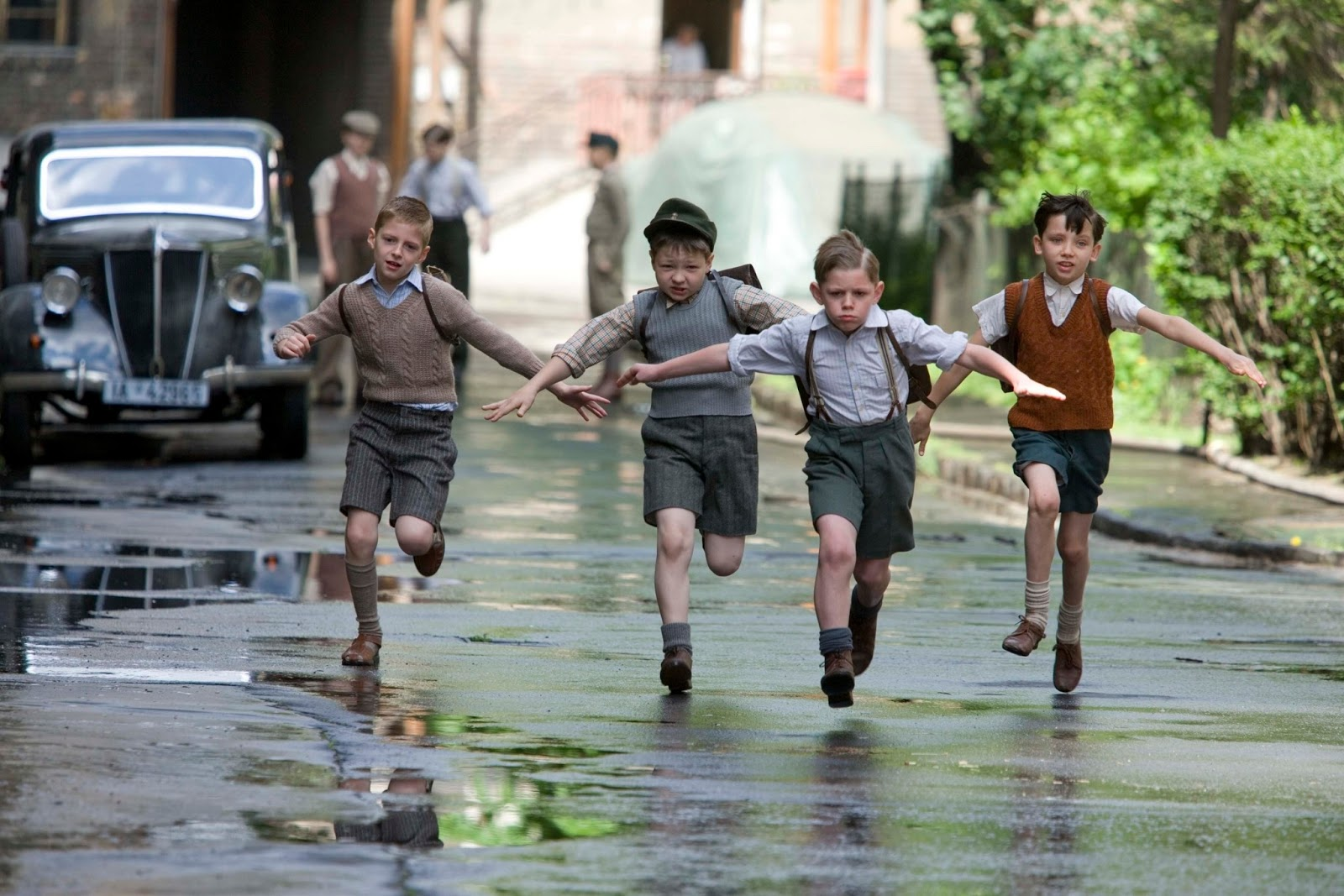 reading films the boy in the striped pyjamas cruelty and irony the boy in the striped pyjamas cruelty and irony of war