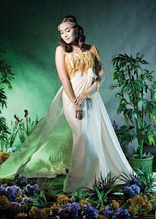 myanmar beautiful model moe hay ko