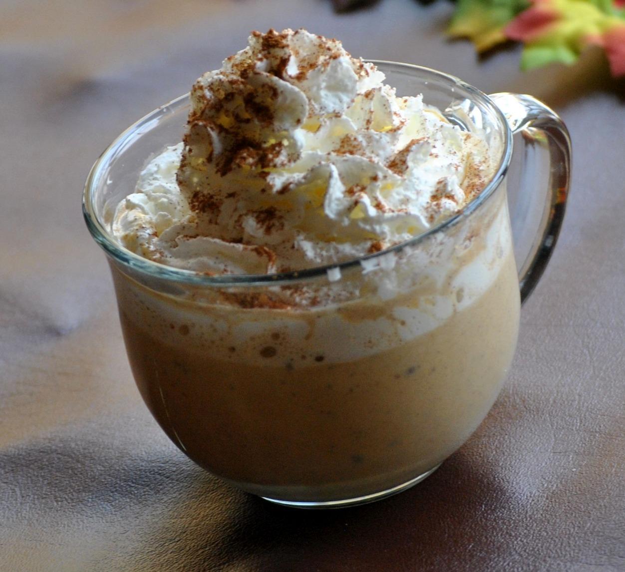 The Farm Girl Recipes: Pumpkin Spice Hot Chocolate