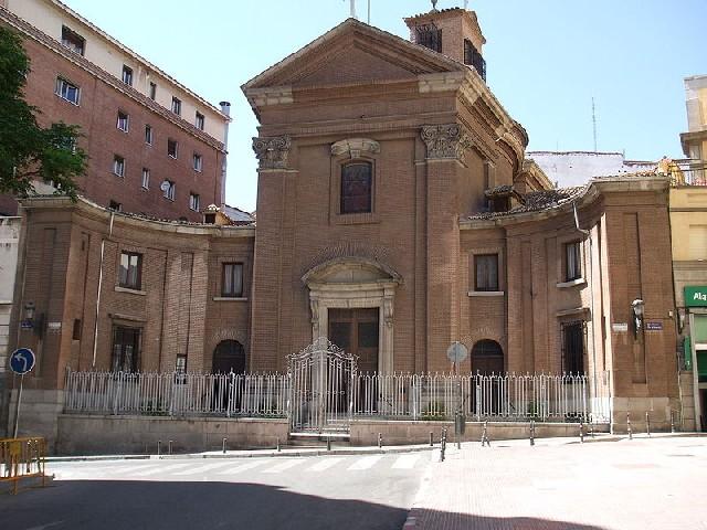 Espacio sagrado y arquitectura arquitectura barroca en for Puerta 8 san marcos