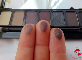 Essence Rocking Rebel Eyeshadow Palette - Swatch - www.annitschkasblog.de