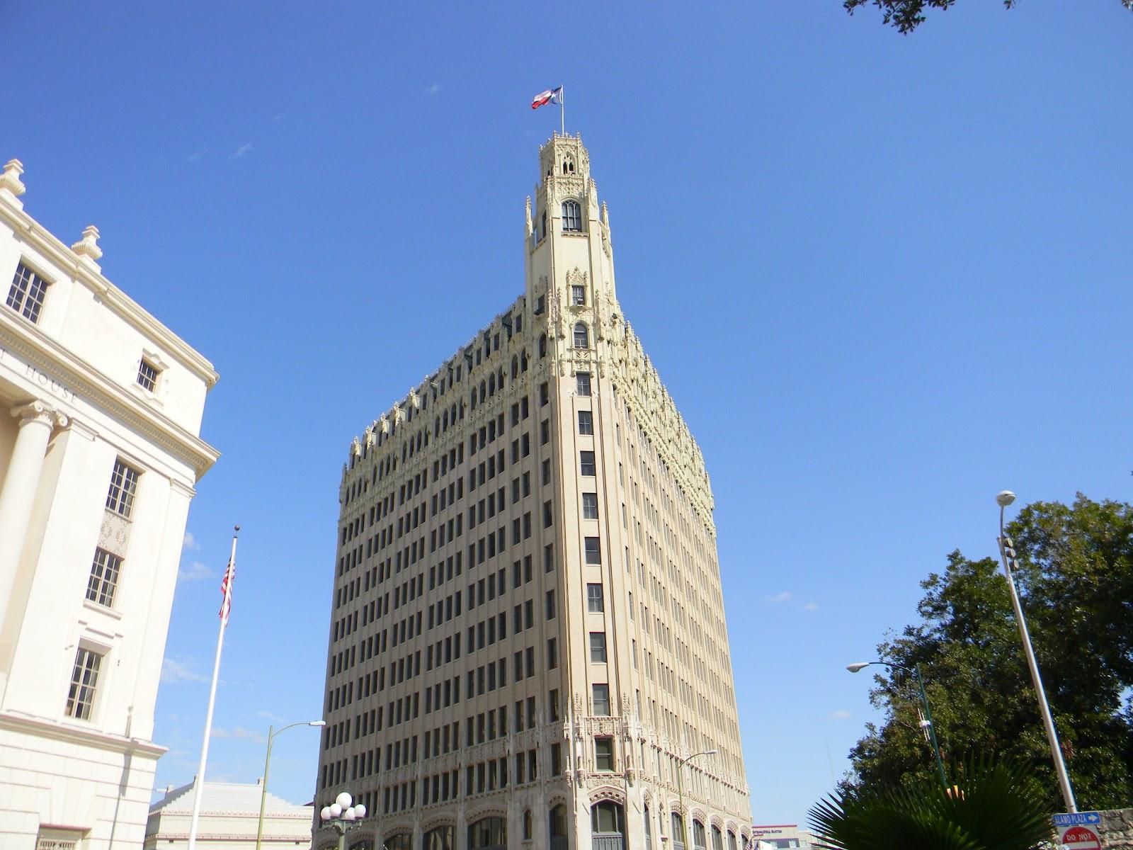 Rvfulltiminglove San Antonio S Downtown Buildings